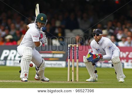 LONDON, ENGLAND. AUGUST 16 2012 South Africa's Jean-Paul Duminy and England's Matt Prior  during the third Investec cricket  test match between England and South Africa, at Lords Cricket Ground