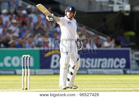 LONDON, ENGLAND. AUGUST 17 2012 England's Ian Bell raises his bat toward the team balcony during the third Investec cricket  test match between England and South Africa, at Lords Cricket Ground