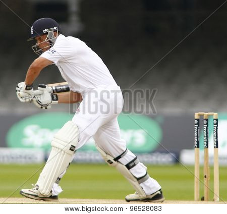 LONDON, ENGLAND. AUGUST 20 2012 England's Jonathan Trott during the third Investec cricket  test match between England and South Africa, at Lords Cricket Ground