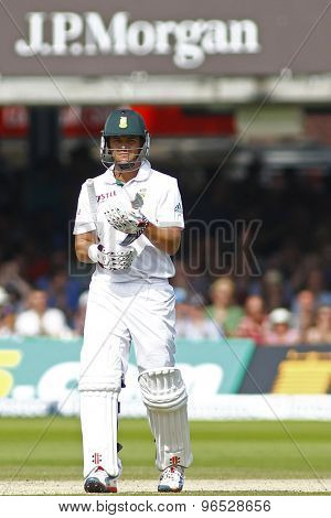 LONDON, ENGLAND. AUGUST 19 2012 South Africa's Jacques Rudolph walks off after being dismmissed during the third Investec cricket  test match between England and South Africa, at Lords Cricket Ground