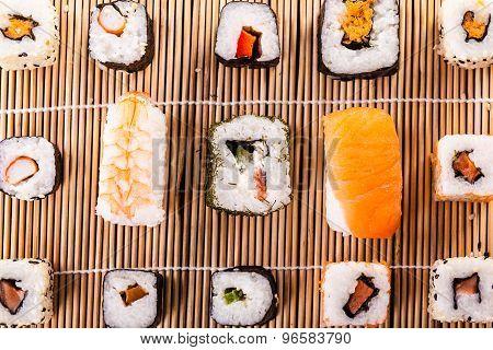 Sushi Mat Arramgement