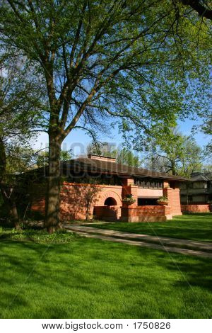 Frank Lloyd Wright Designed House In Oak Park
