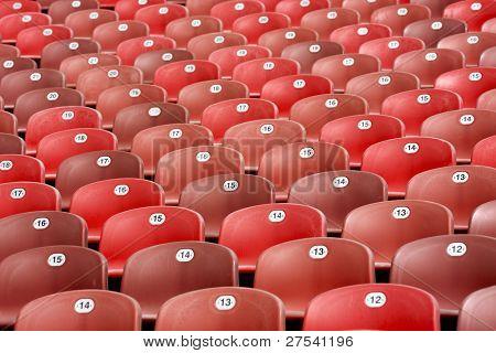 Zeilen rot Sitz der Stadion Tribüne