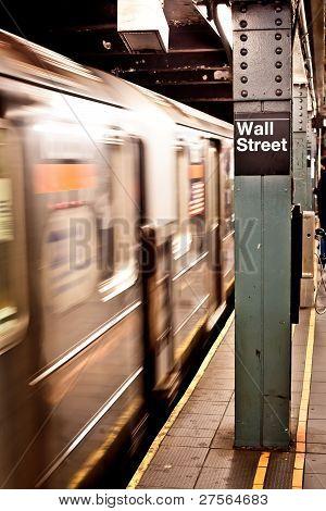 New York subway, Wall street station