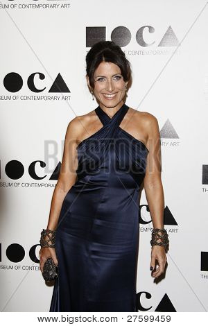 LOS ANGELES - NOV 12: Lisa Edelstein at the 2011 MOCA Gala, An Artist's Life Manifesto at MOCA Grand Avenue on November 12, 2011 in Los Angeles, California