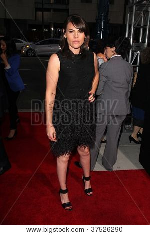 LOS ANGELES - OCT 4:  Clea DuVall arrives at the