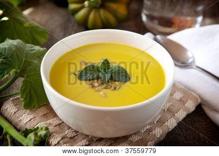 Sopa de calabaza bellota