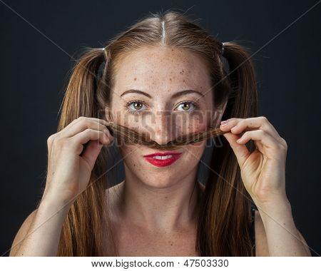 Spielerisch Redhead