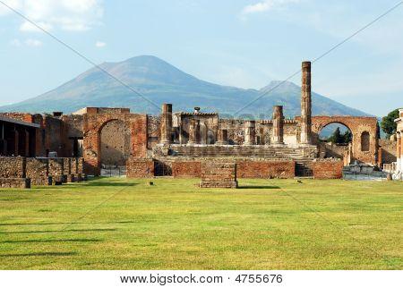 Pompeii And Mount Vesuvius