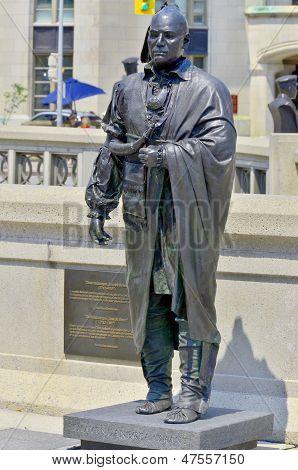 Statue of Thayendanegea