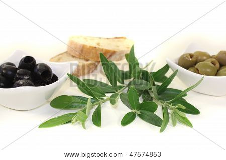 Fresh Olives With Bread