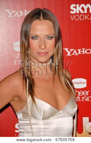 Edyta Sliwinska  at the Us Weekly Hot Hollywood Style 2009 party, Voyeur, West Hollywood, CA. 11-18-09