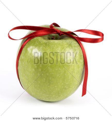 Apple Bow