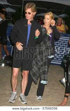 William H. Macy and Felicity Huffman at the 23rd Annual Nautica Malibu Triathlon. Zuma Beach, Malibu, CA. 09-13-09