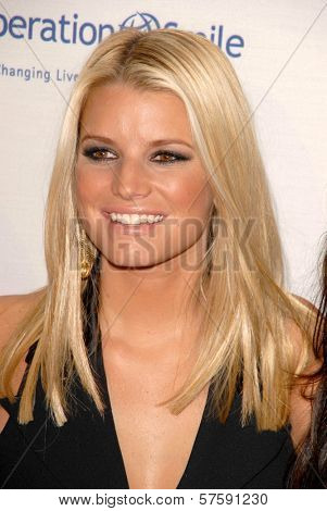 Jessica Simpson at Operation Smile's 8th Annual Smile Gala. Beverly Hilton Hotel, Beverly Hills, CA. 10-02-09