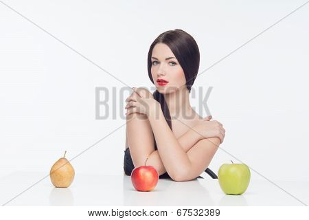 woman with fruits