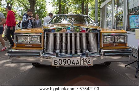 The car Cadillac on show of collection Retrofest cars