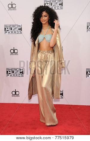 LOS ANGELES - NOV 23:  Zendaya Coleman arrives to the 2014 American Music Awards on November 23, 2014 in Los Angeles, CA
