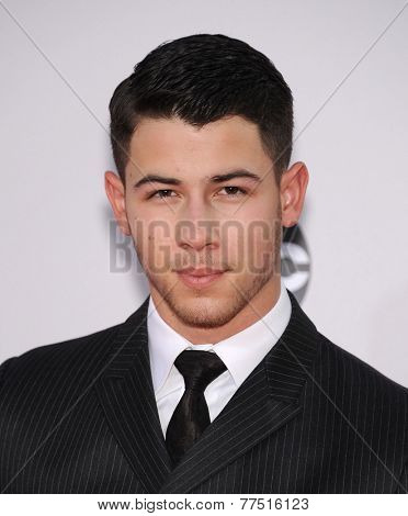 LOS ANGELES - NOV 23:  Nick Jonas arrives to the 2014 American Music Awards on November 23, 2014 in Los Angeles, CA