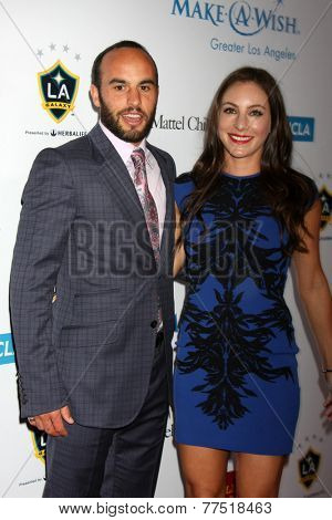 LOS ANGELES - DEC 3:  Landon Donovan, Hannah Bartell at the Make-A-Wish Foundation at the Beverly Wilshire Hotel on December 3, 2014 in Beverly Hills, CA