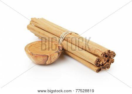 Tied True Ceylon Cinnamon Sticks And Powder