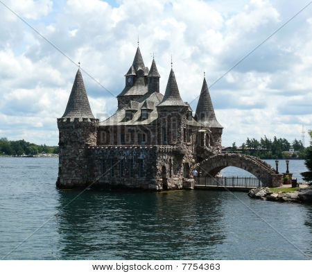 Power house of Boldt Castle