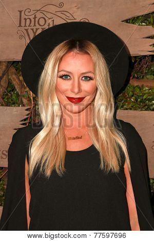 LOS ANGELES - DEC 3:  Aubrey O'Day at the Opening night of Oregon Shakespeare Festival