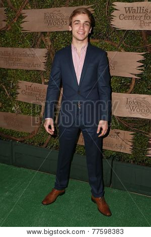 LOS ANGELES - DEC 3:  Sean Grandillo at the Opening night of Oregon Shakespeare Festival