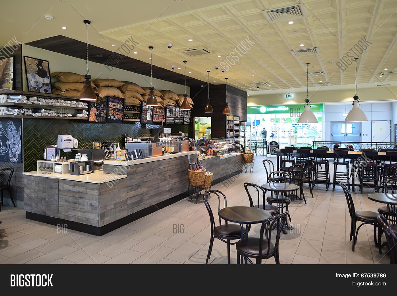 coffeehouse and starbucks
