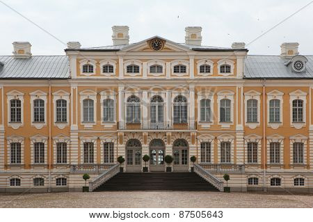 Rundale Palace designed by Russian Baroque architect Bartolomeo Rastrelli near Pilsrundale, Latvia.