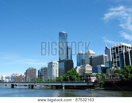 The city Melbourne at the Yarra river