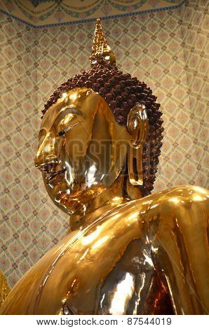 Pure Gold Buddha In Wat Traimit Temple, Bangkok