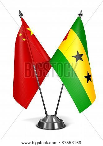 China. Sao Tome and Principe - Miniature Flags.