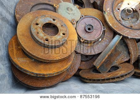 Mechanical parts with rust