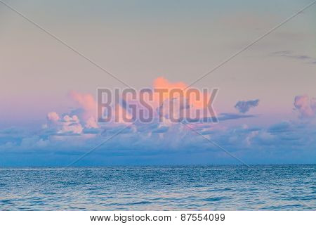 The gentle colors of sunset over the sea