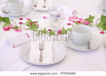 Solemnly Laid Wedding  Table
