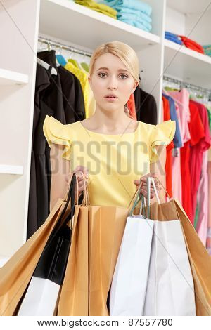 Woman lost in shopping