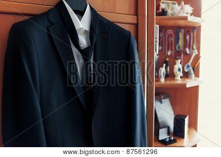 Black Wedding Suit On The Rack, Jacket,shirt, Tie