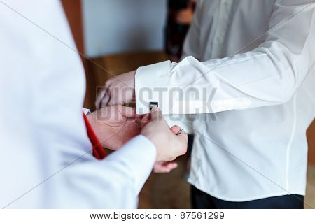 Groom Wearing Cufflink