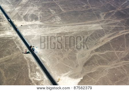 Nazca Lines Highway And Viewpoint