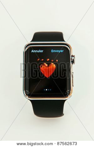 Apple Watch Heart Love Emoji On Screen