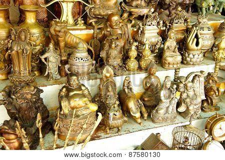 Hindu Gods And Buddha Statues