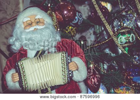 Retro Santa Toy With Accordion