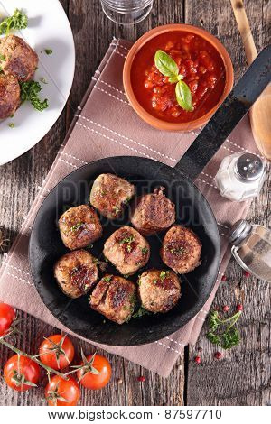pan with meatballs