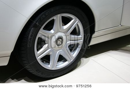 Rolls-royce Phantom Drophead Coupe Wheel Detail