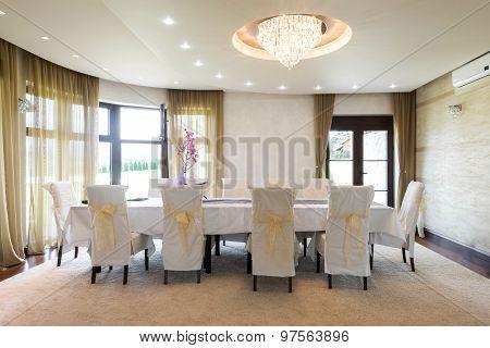 Specious Dining Room Interior