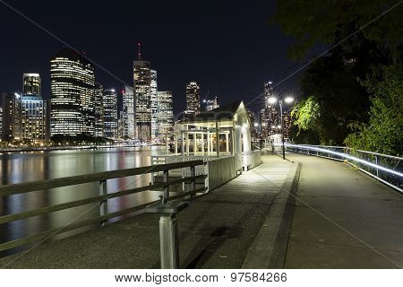 Brisbane City nightscape and Kangaroo Point boardwalk