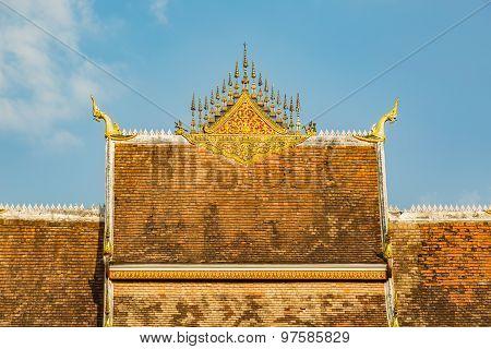 Haw Pha Bang Roof