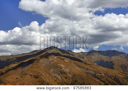 Mountain Scenery In New Zealand