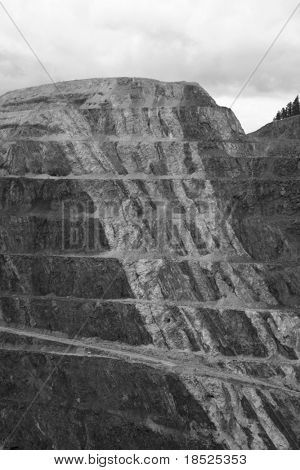 open pit gold mine in south dakota